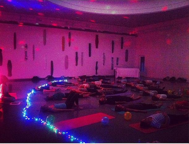 yoga disco kulturnatt lysverket1
