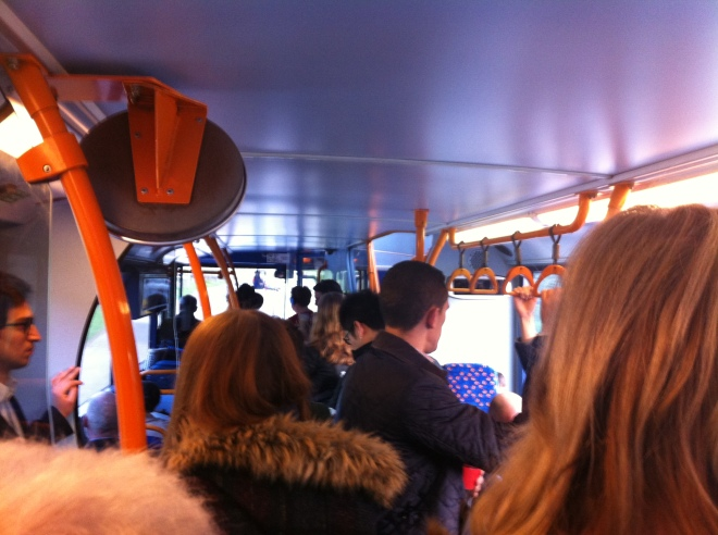commute bus to haywards heath